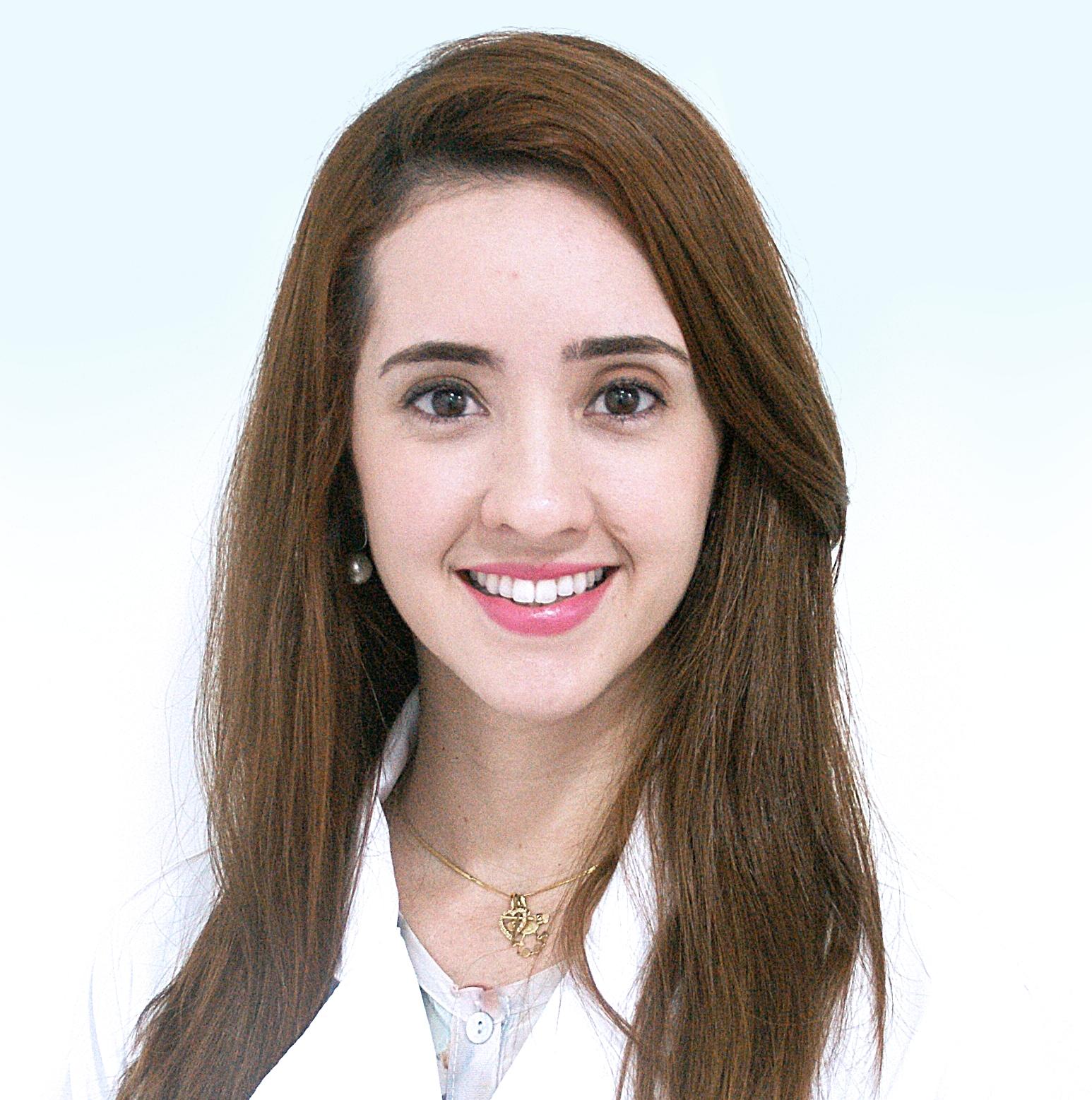 Dra. Ivana Pontes Dias